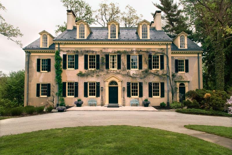 Details zum alten Haus und zur Architektur Gildenalter amerikanischer Geschichte stockfotografie