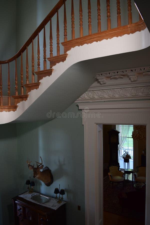 Detalhe antebellum da escadaria grande da plantação de Belmont imagem de stock royalty free