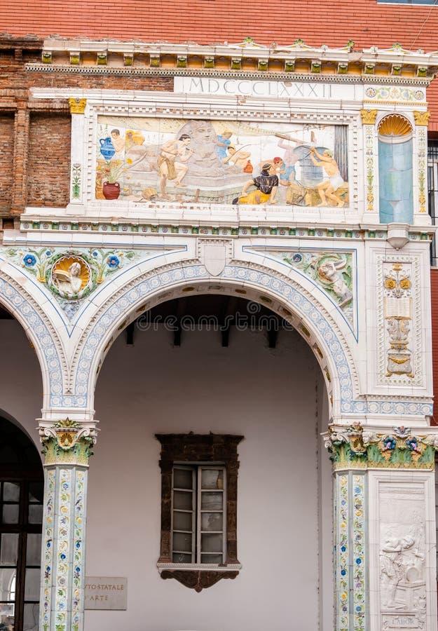 Detalhe arquitectónico em Napoli, Itália fotos de stock