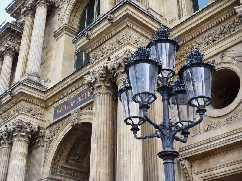 Detalhe arquitetónico, asa de Richelieu, museu do Louvre, Paris, França foto de stock royalty free