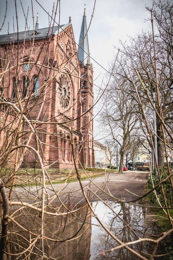 Detalhe arquitetónico da igreja de Johanneskirche em Freiburg im Breisgau, Alemanha imagem de stock royalty free