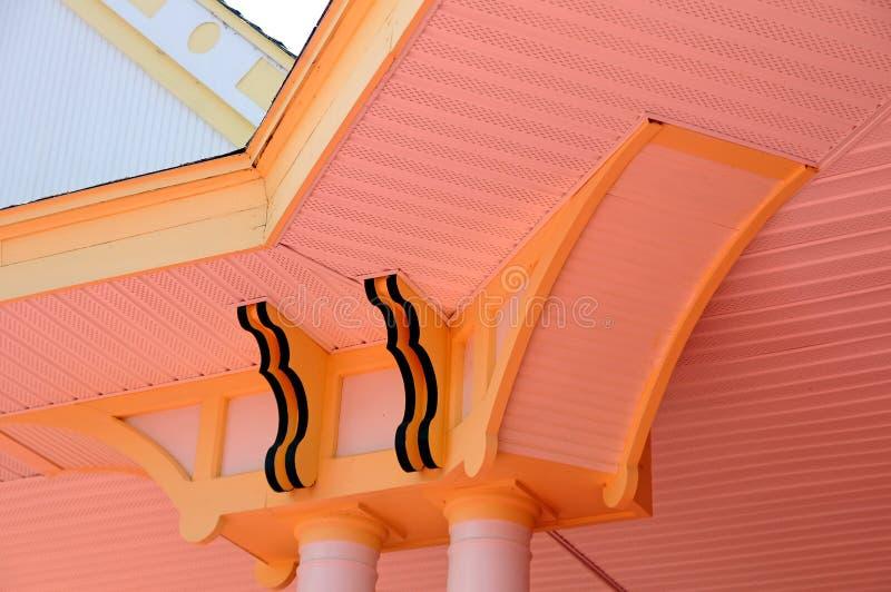 Detalhe arquitetónico em uma construção do estilo do victorian imagens de stock