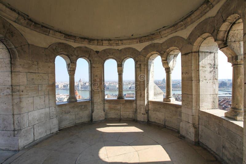 Detalhe arquitetónico no bastião do pescador em Budapest imagens de stock royalty free