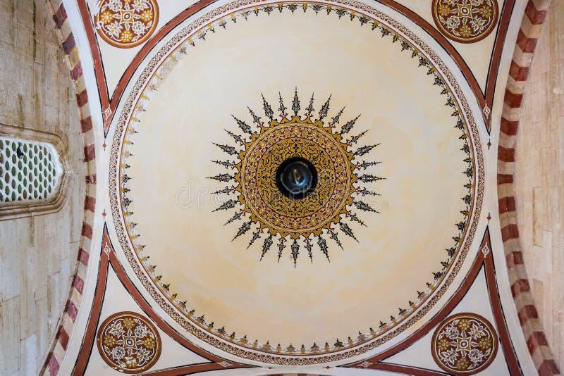 Detalhe da abóbada de mesquita de Selimiye do interior, Edirne, Turquia imagens de stock royalty free