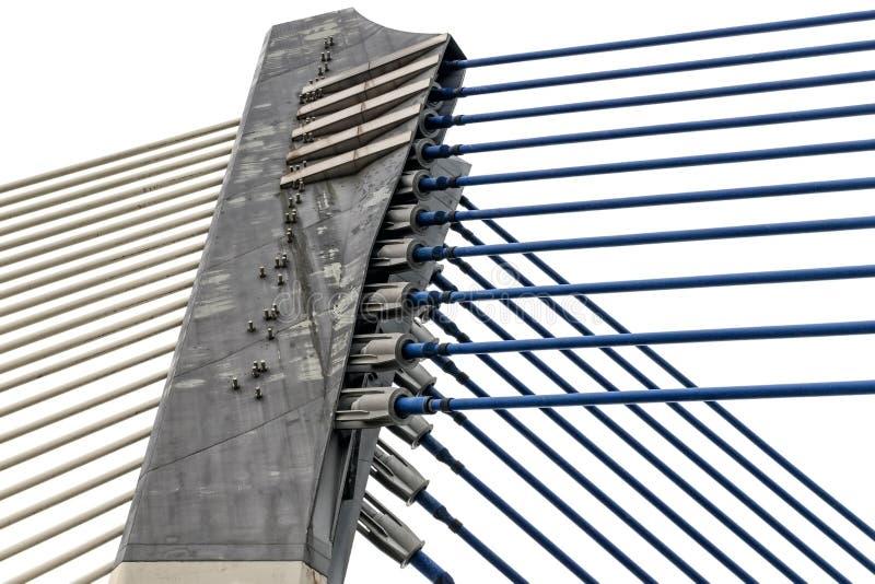 Detalhe da arquitetura moderna - asseguração do metal, aço na construção de ponte fotografia de stock royalty free