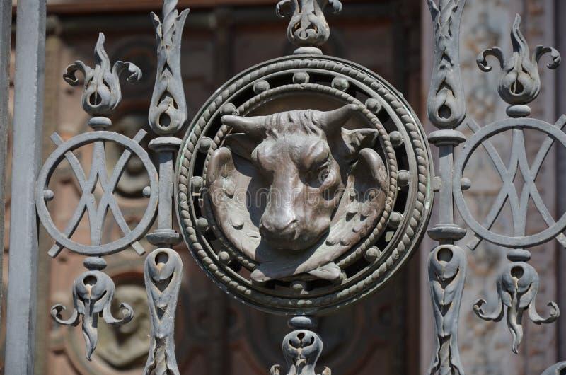 Detalhe da cerca do templo fotografia de stock
