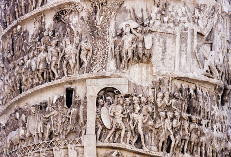 Detalhe da coluna de Marcus Aurelius (Roma - Itália) foto de stock