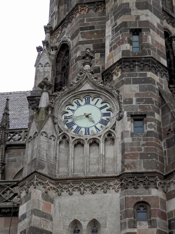 Detalhe da igreja católica romana SV da torre ½ Kosice bety Eslováquia do ¿ de Alï imagens de stock