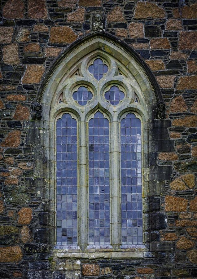 Detalhe da janela do estilo de Gothis de Iona Abbey foto de stock royalty free