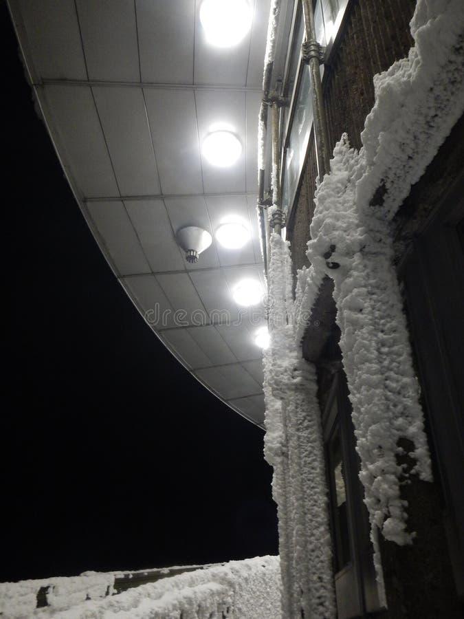 Detalhe da noite de uma construção no monte brincado em repuvblic checo imagem de stock