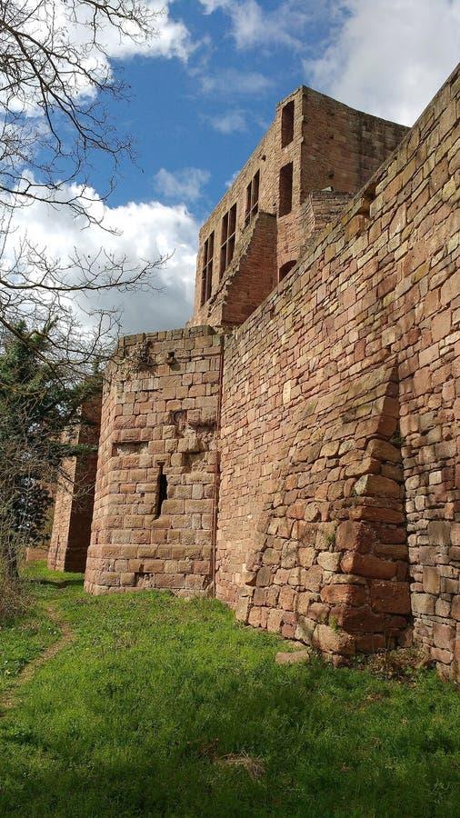 Detalhe da parede de castelo de Nideggen, Alemanha imagens de stock royalty free