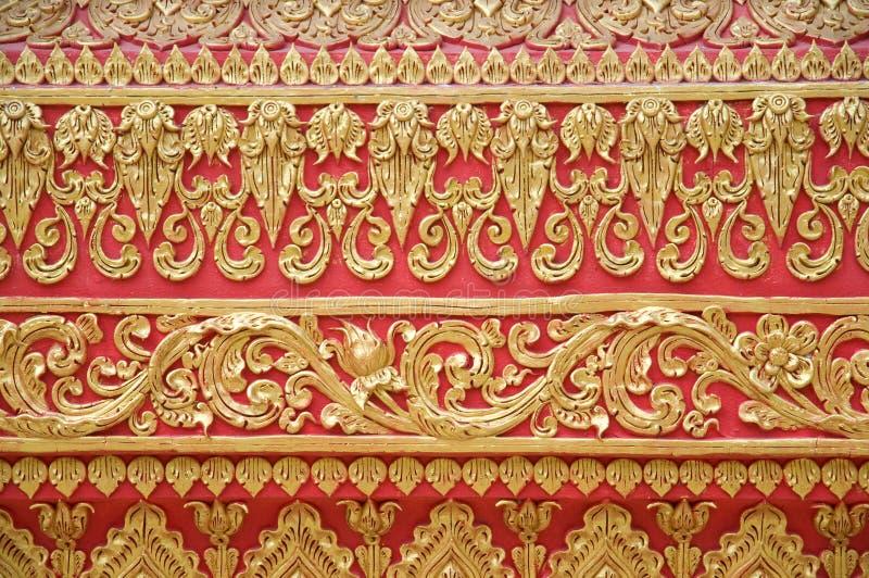 Detalhe da parede em Phrathat Lampang Luang imagens de stock royalty free