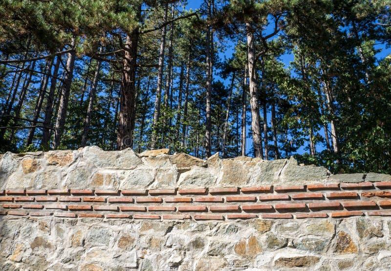 Detalhe da parede Hisarlaka da fortaleza fotografia de stock