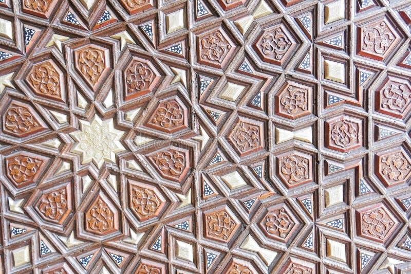 Detalhe da porta de mesquita de Suleymaniye, Istambul, Turquia fotos de stock royalty free