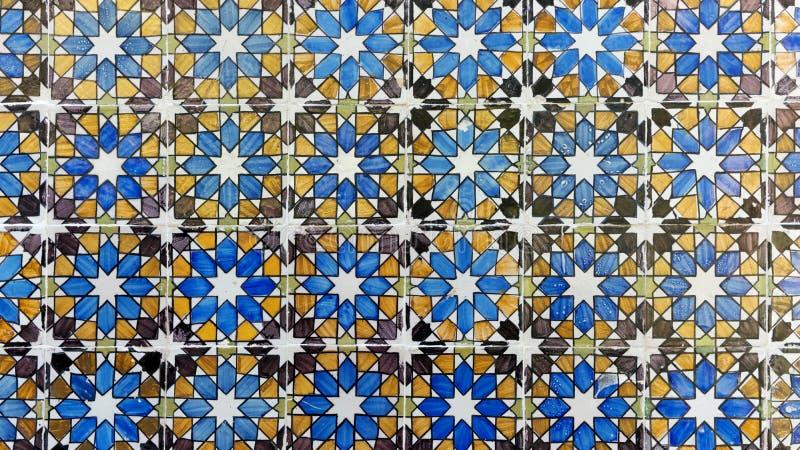 Detalhe de algumas telhas portuguesas típicas fotografia de stock