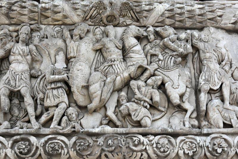 Detalhe de arco triunfal de Galerius - Tessalónica fotografia de stock