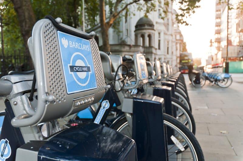 Detalhe de bicicletas para o aluguer em Londres.