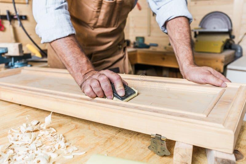 Detalhe de carpinteiro no trabalho imagem de stock royalty free