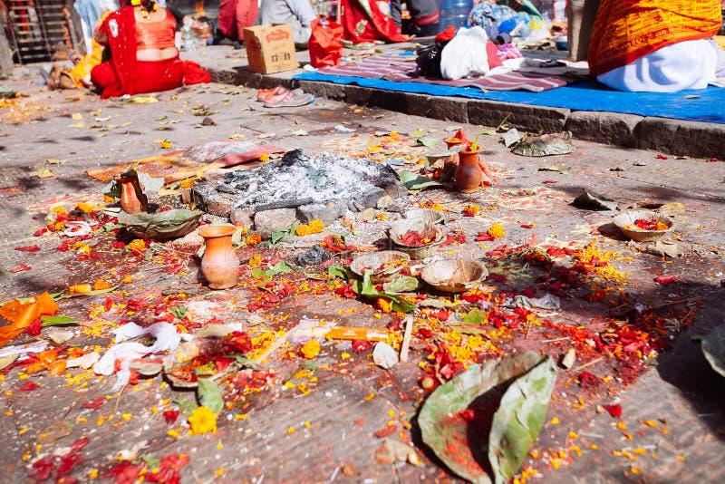 Detalhe de cerimônia hindu em Kathmandu, Nepal fotografia de stock royalty free
