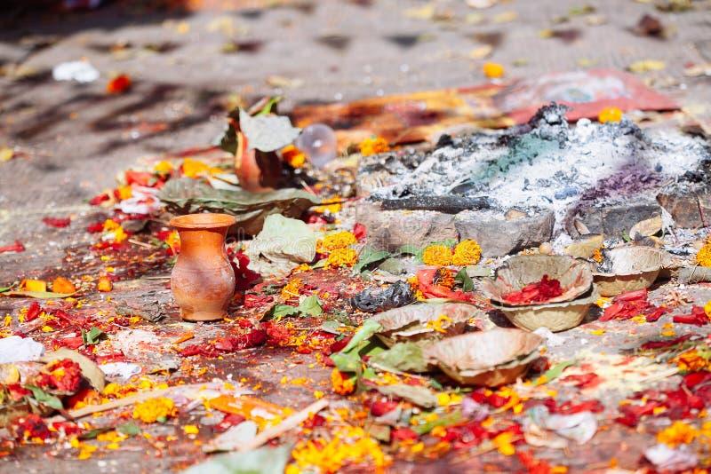 Detalhe de cerimônia hindu em Kathmandu, Nepal fotos de stock royalty free