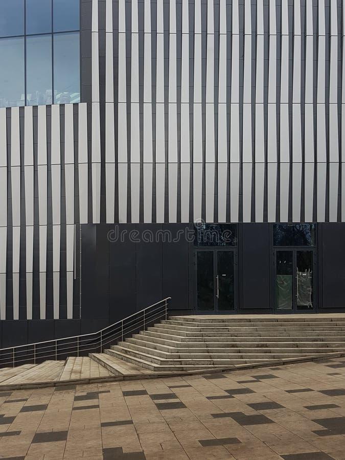 Detalhe de construção moderna da arquitetura imagem de stock