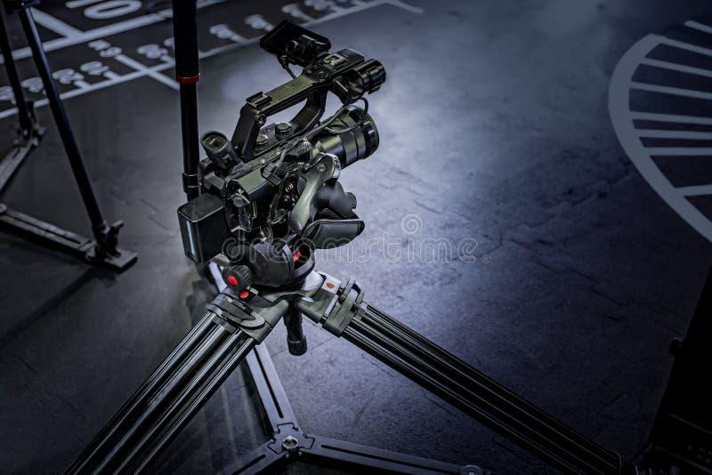 Detalhe de equipamento profissional da câmera, estúdio da produção do filme imagem de stock royalty free