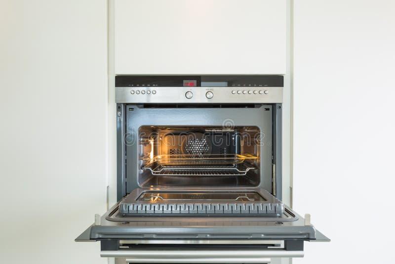 Detalhe de forno moderno imagens de stock