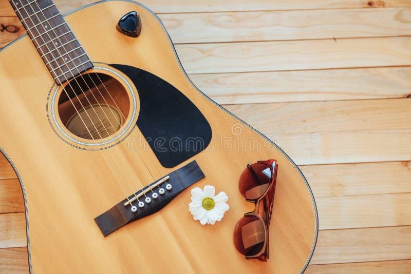 Detalhe de guitarra clássica com profundidade de campo rasa fotografia de stock royalty free