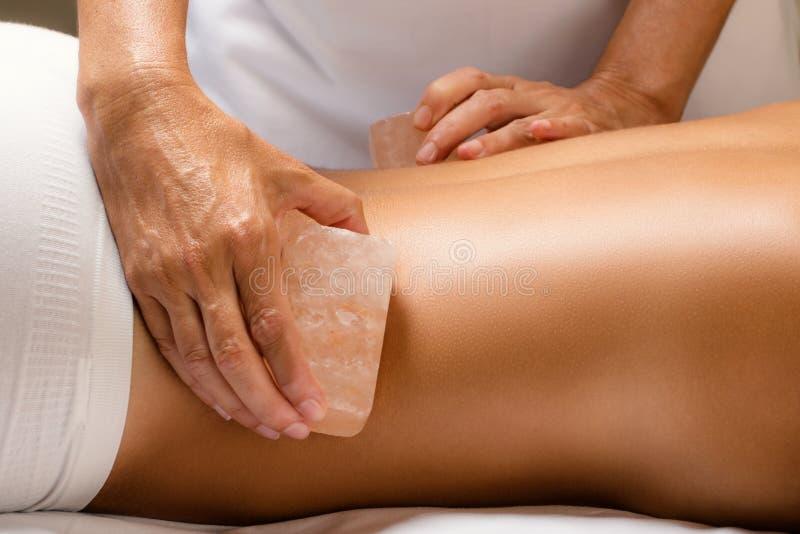 Detalhe de massagem Himalaia da pedra de sal imagem de stock
