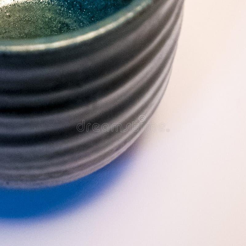 Detalhe de mercadoria feito a mão japonesa da cerâmica de Tokoname foto de stock
