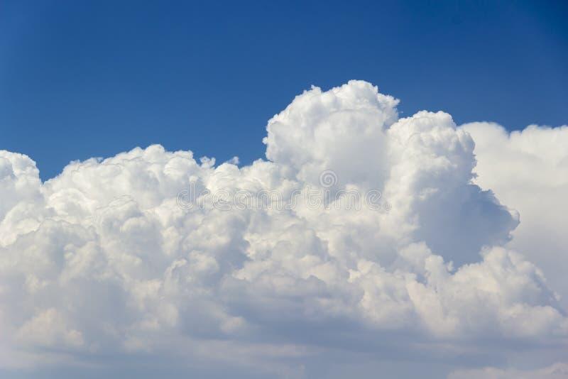 Detalhe de nuvens em 3900 medidores acima do nível do mar imagem de stock