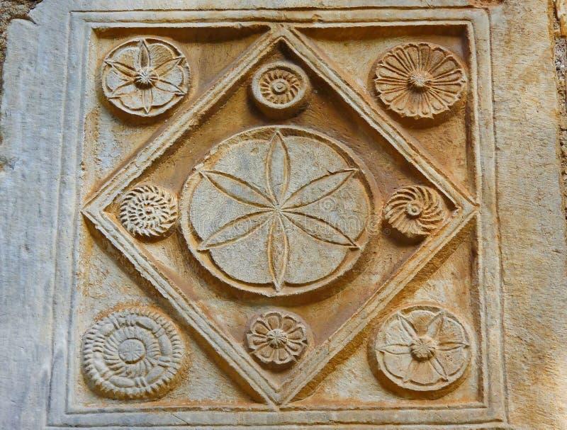 Detalhe de Stoneworl bizantino, igreja pequena da metrópole, Atenas, Grécia imagens de stock