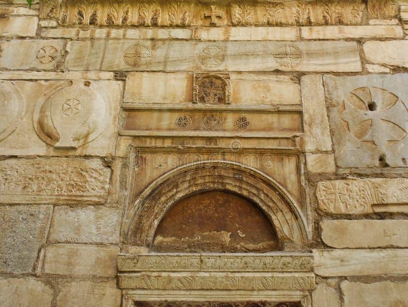 Detalhe de Stoneworl bizantino, igreja pequena da metr?pole, Atenas, Gr?cia fotografia de stock