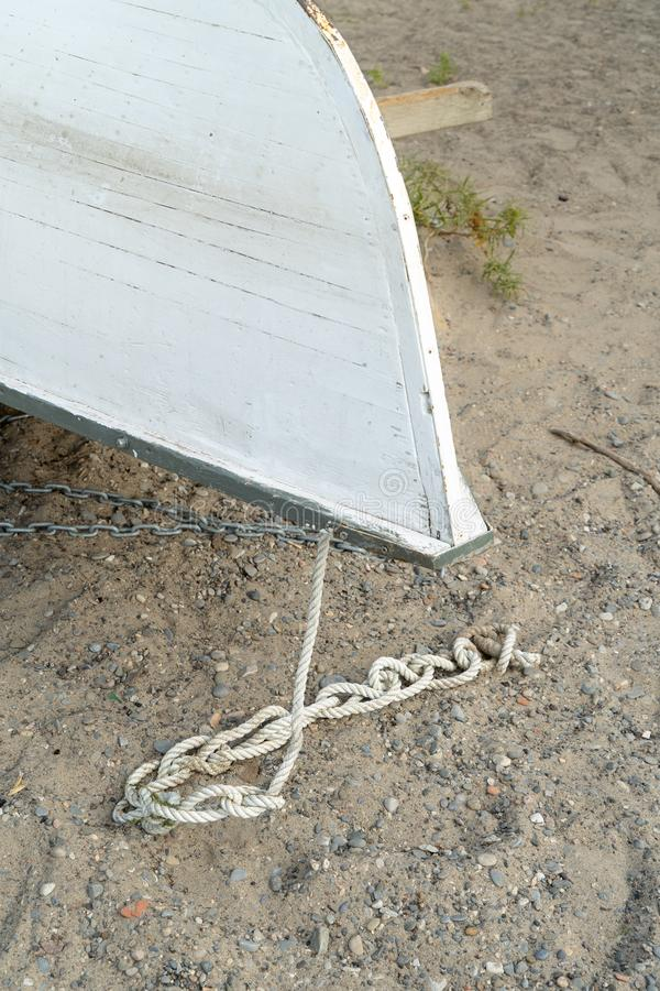 Detalhe de um barco a remos virado fotografia de stock royalty free