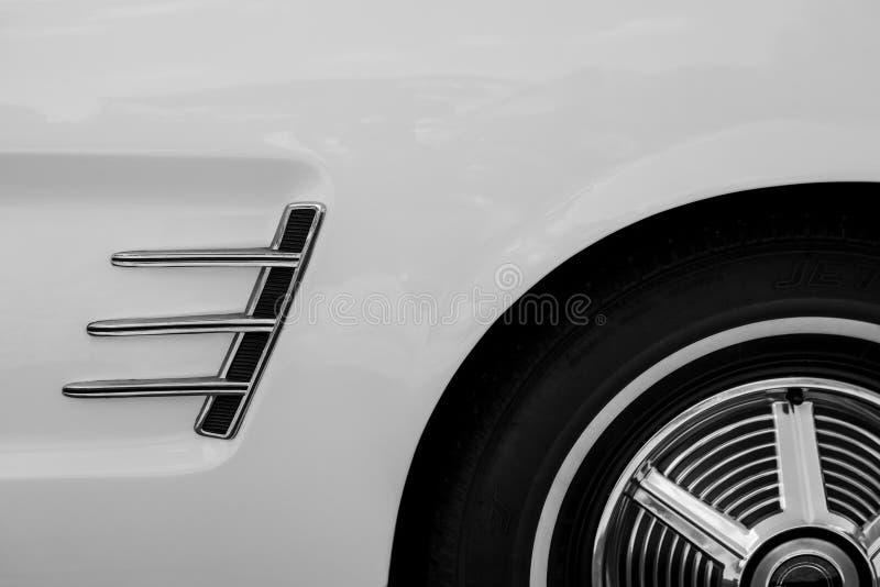 Detalhe de um carro do clássico do vintage foto de stock royalty free