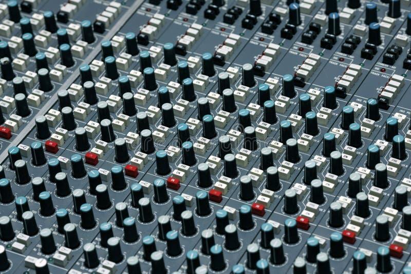 Detalhe de um estúdio de gravação imagens de stock