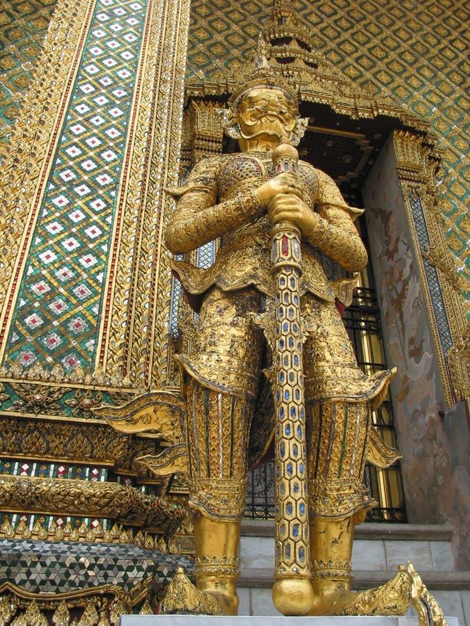 Detalhe de um gigante, Wat Phra Kaew, Banguecoque, Tailândia fotos de stock