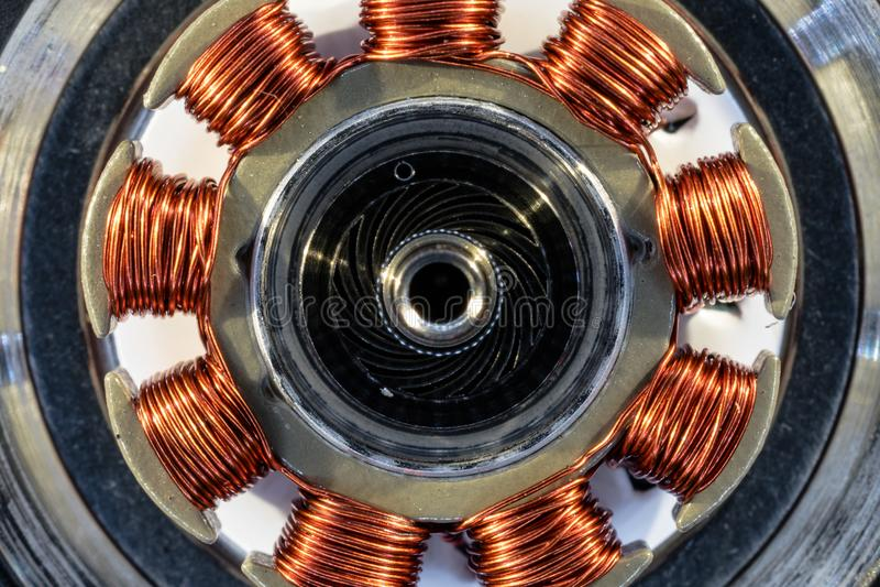 Detalhe de um motor bonde de um disco rígido do computador fotografia de stock
