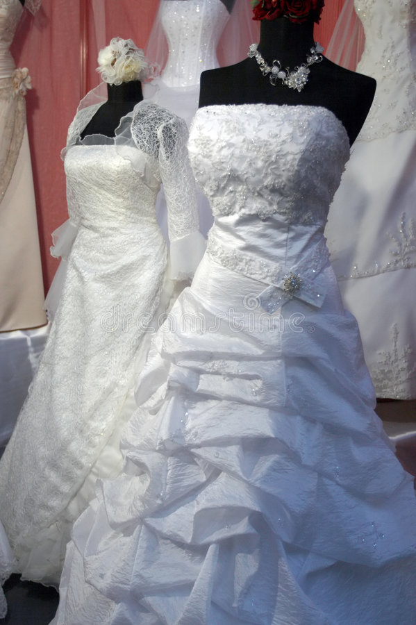 Detalhe de um vestido de casamentos foto de stock