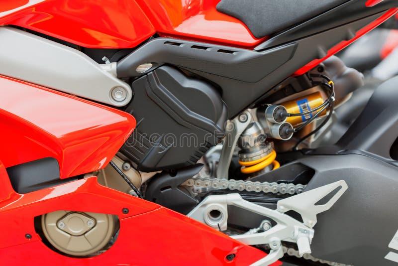 Detalhe de uma motocicleta moderna com grande deslocamento fotografia de stock