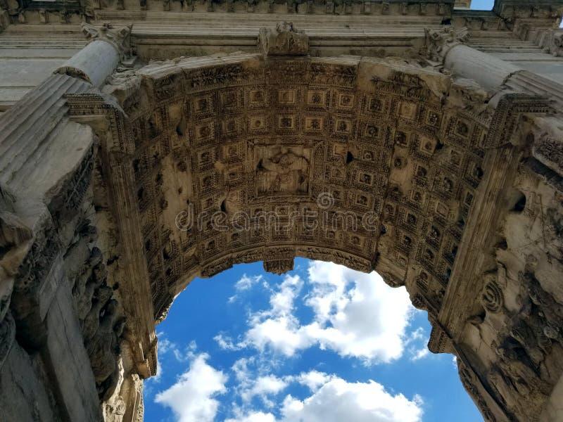 Detalhe do arco romano imagem de stock