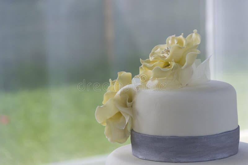 Download Detalhe Do Bolo De Casamento Imagem de Stock - Imagem de bolo, açúcar: 80100723