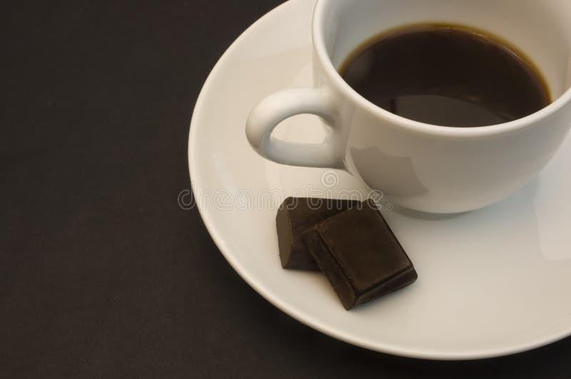 Detalhe do copo de café com chocolate imagem de stock