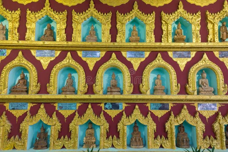 Detalhe do pagode de Chaukhtatgyi, Yangon, Myanmar foto de stock