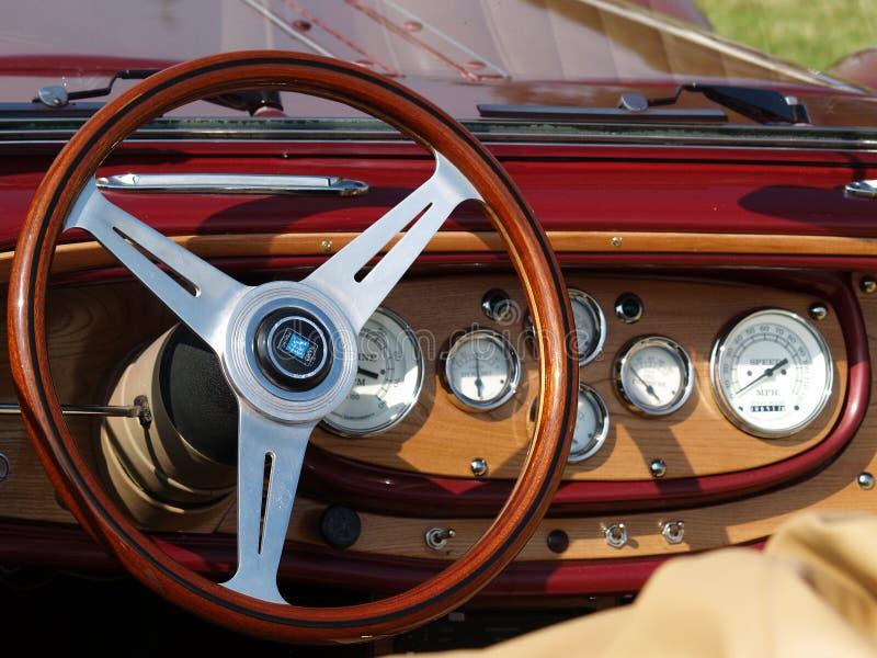 Detalhe do painel do carro do vintage fotos de stock royalty free