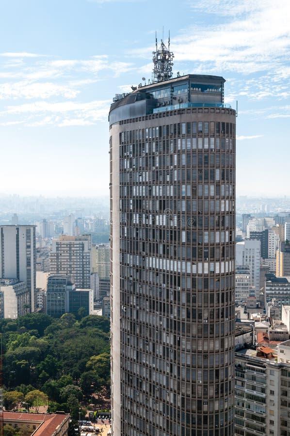Detalhe do prédio de escritórios na cidade de Sao Paulo fotografia de stock royalty free