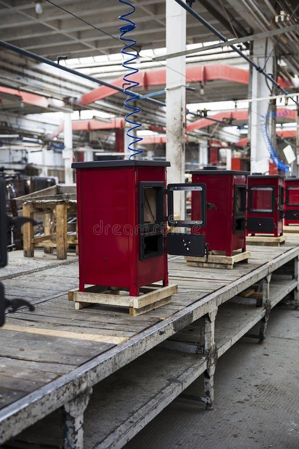 Detalhe dos fogões na fábrica foto de stock