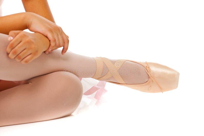 Detalhe dos pés de dançarino de bailado imagem de stock royalty free