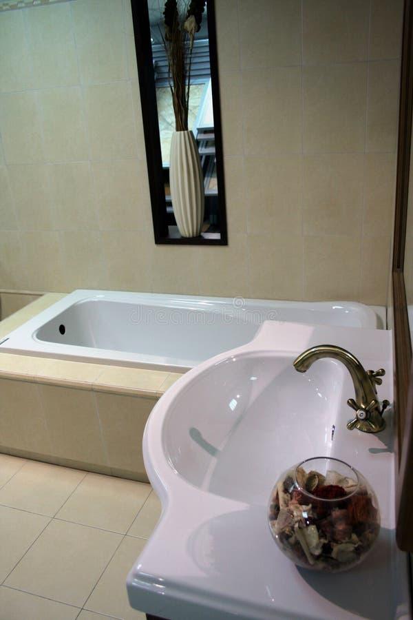 Detalhe luxuoso do banheiro imagem de stock