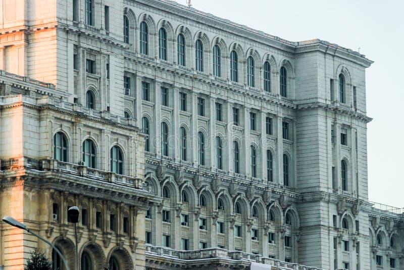 Detalhe romeno da construção do palácio do parlamento imagens de stock royalty free